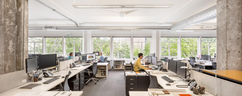 HEA-Office-JoshPartee-1623-workstations_2880px